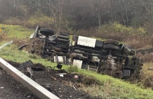 Driver injured in Afton tractor-trailer crash